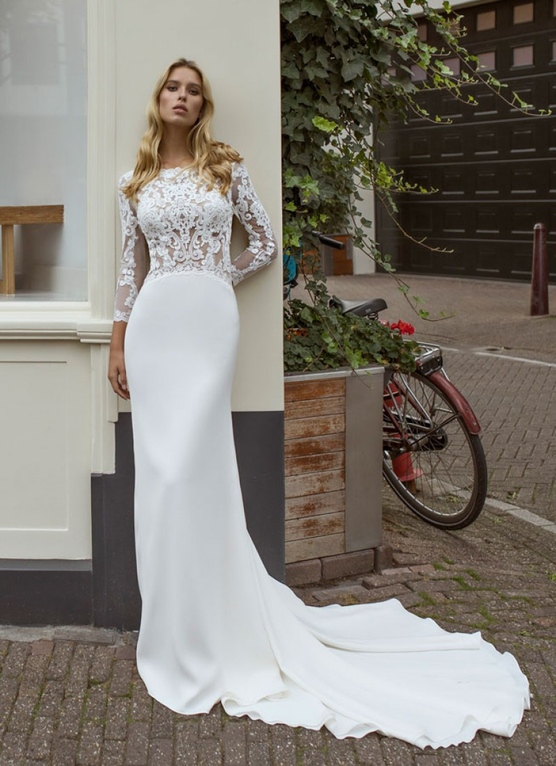 The Orla dress by Modeca & Le Papillon wedding dresses