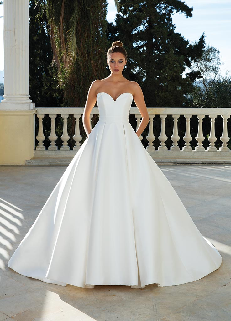 The Miami dress by Justin Alexander wedding dresses (front)